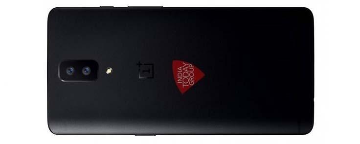 Il retro di OnePlus 5