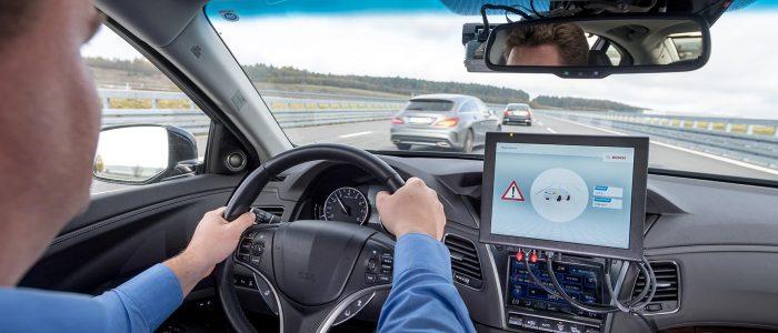 Bosh, Vodafone e Huawei per auto più intelligenti collegate tra loro