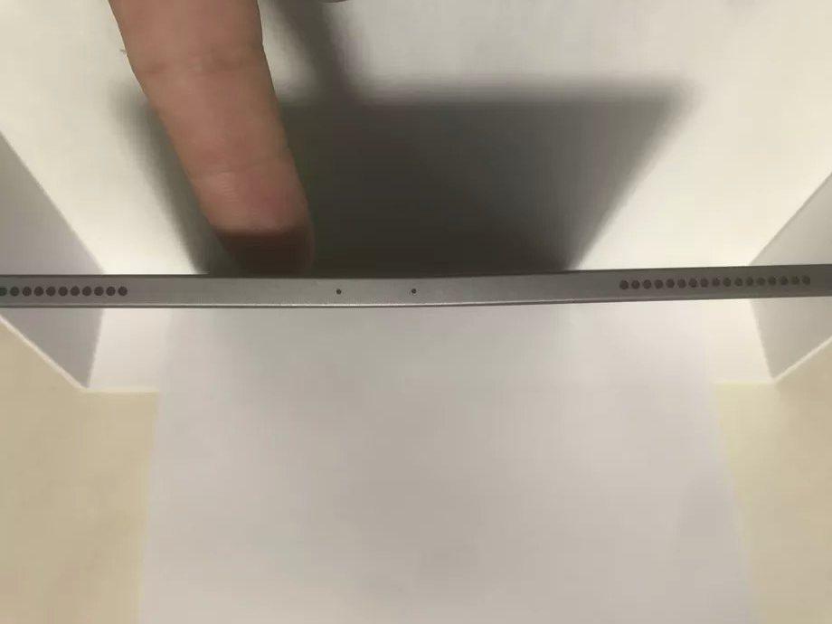 Apple iPad piegato