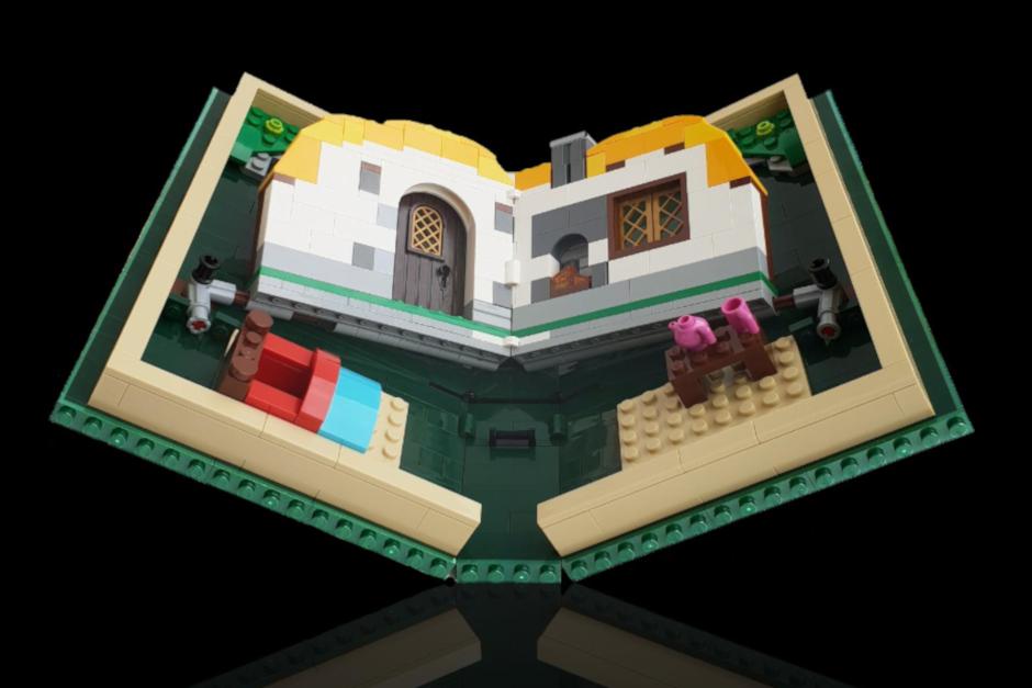Lego foldable