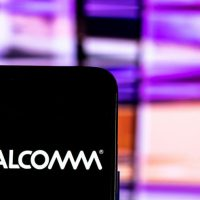 Qualcomm Apple Intel