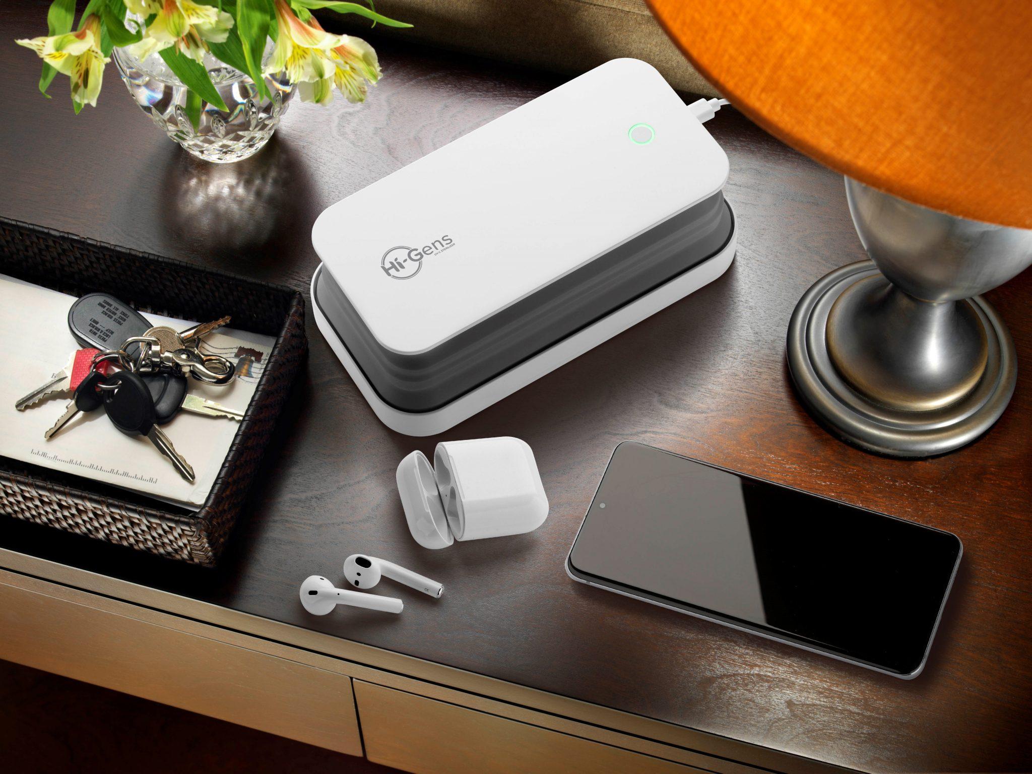 Cellularline lancia Hi-Gens, il nuovo sterilizzatore per smartphone, chiavi, mascherine e non solo