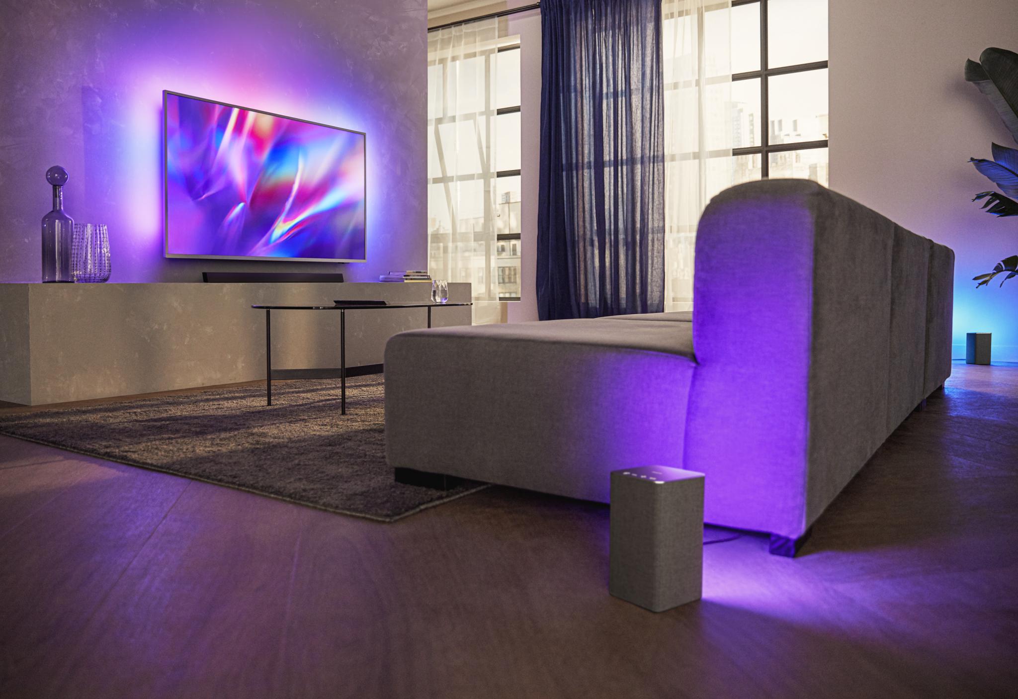 Philips a tutto intrattenimento con i nuovi super Tv, auriculari e cuffie e soundbar
