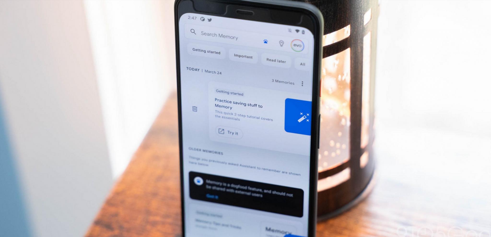 Sull'assistente di Google arriva la funzione Memory per salvare contenuti in un feed dedicato